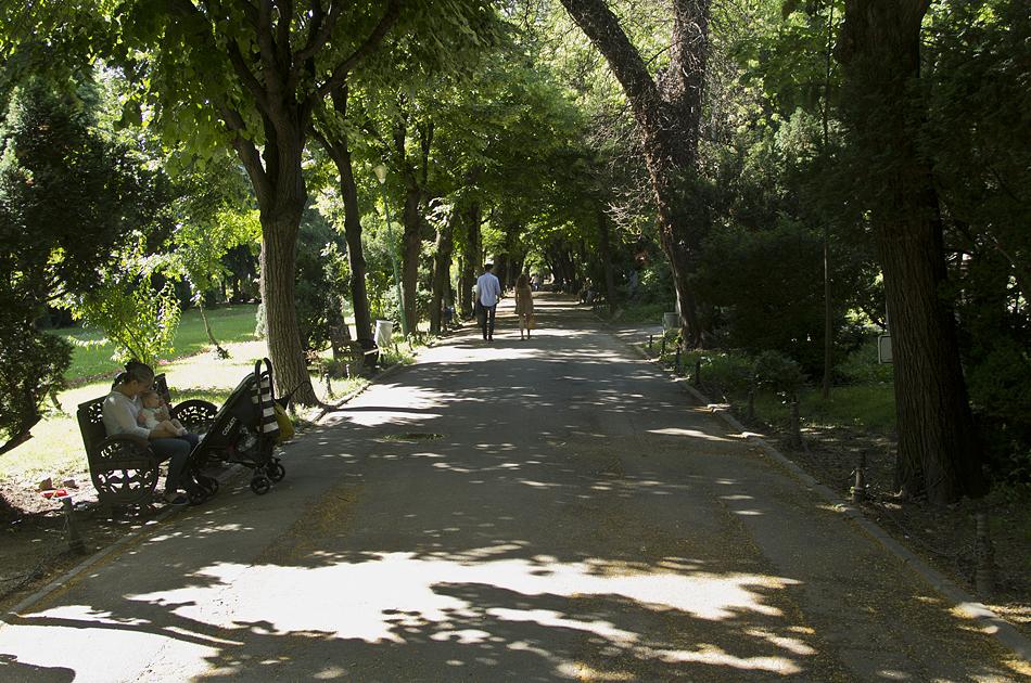 Bukarest, Gradina Cişmigiu