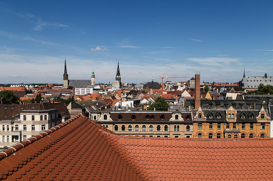 Halle Saale, Blick vom Dach des Historischen Waisenhauses der Franckeschen Stiftungen nach Norden