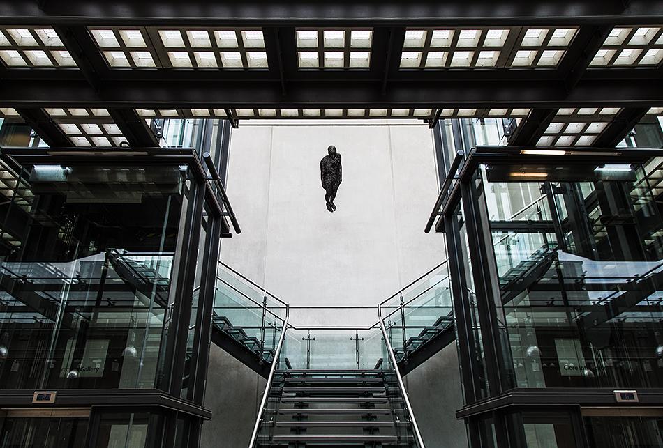 Manchester Art Gallery, Staircase, Antony Gormley, Filter