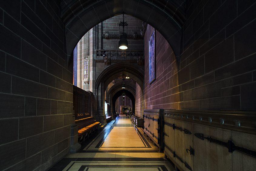 Liverpool Cathedral, Seitenschiff