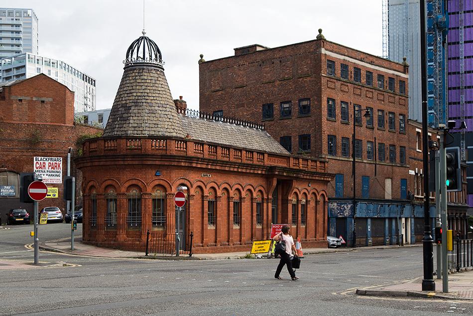 Manchester, Chapel Street