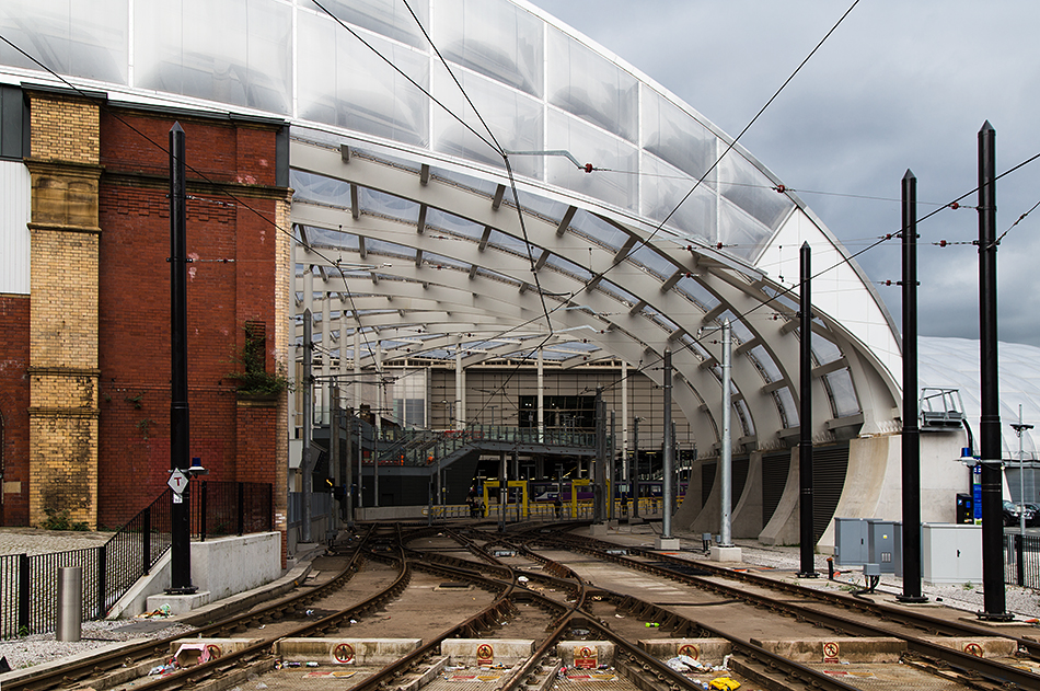 Manchester, Vovtoria, Metrolink Station