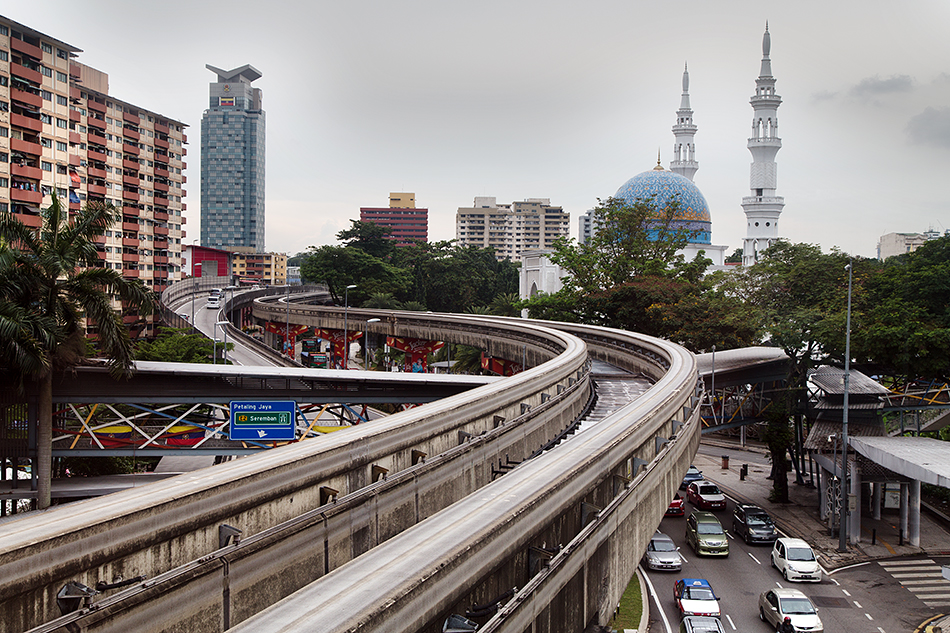 Fabian Fröhlich. Kuala Lumpur, Monorail, Mosque