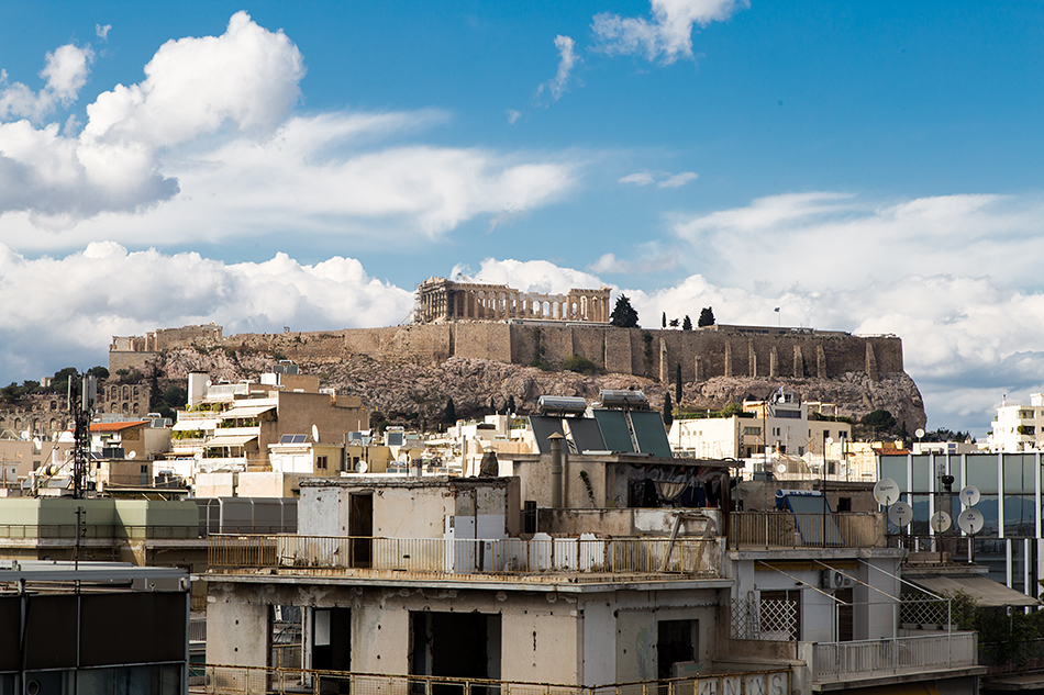 View from the Rooftop Terrace to the Acropolis, EMST, Athen, Fabian Fröhlich