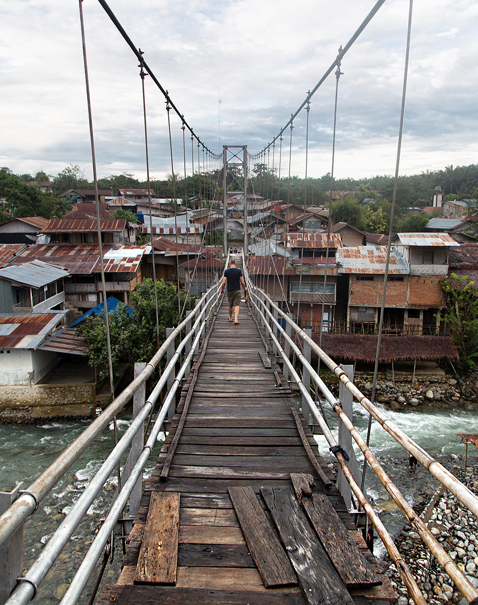 Fabian Fröhlich, Bukit Lawang, Sumatra, Suspension Bridge