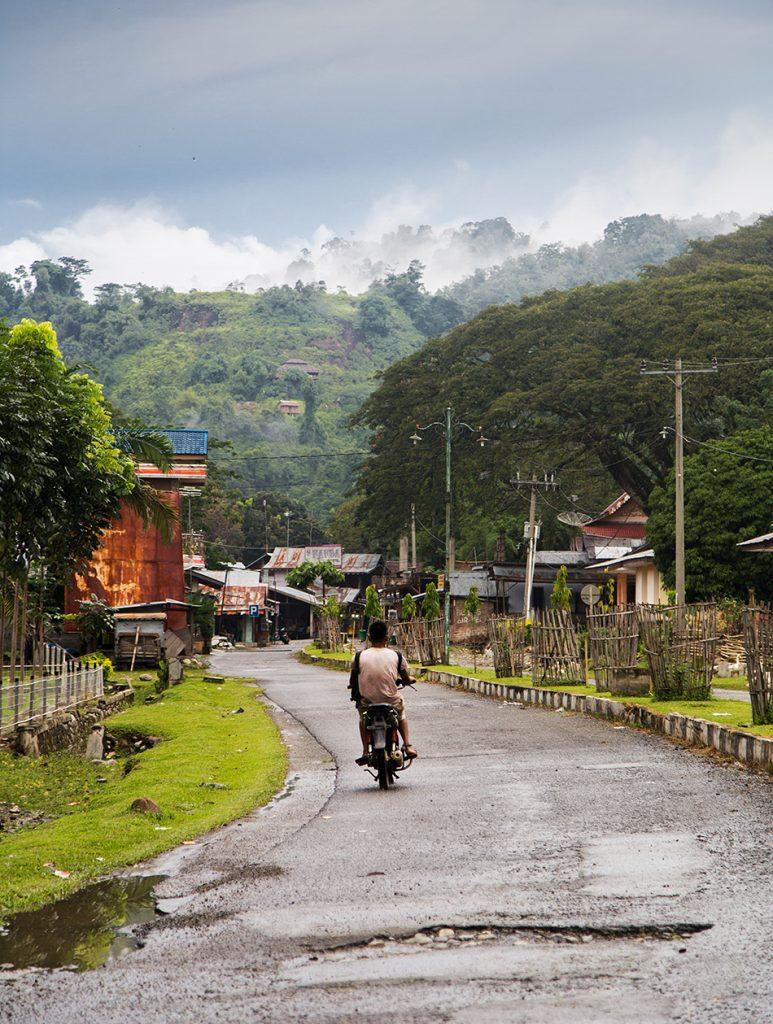 Fabian Fröhlich, Bukit Lawang, Sumatra, Orangutan Street