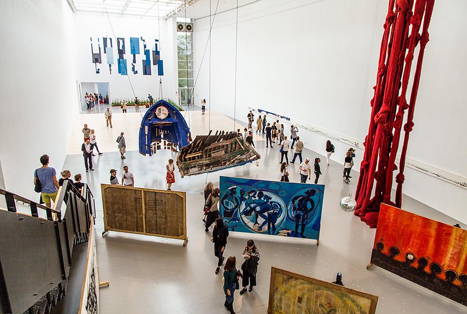Fabian Fröhlich, documenta 14, Kassel, Main Hall, installation view