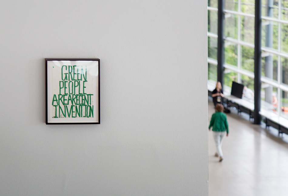 Fabian Fröhlich, documenta 14, Kassel, Pope L., Green People Are a Recent Invention