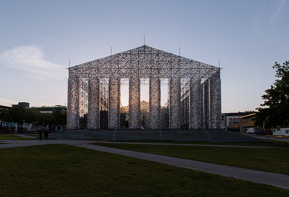 Fabian Fröhlich, documenta 14, Kassel,  Marta Minujin, The Parthenon of Books