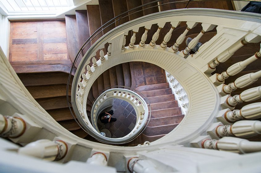 Fabian Fröhlich, documenta 14, Kassel, Staircase at Palais Bellevue