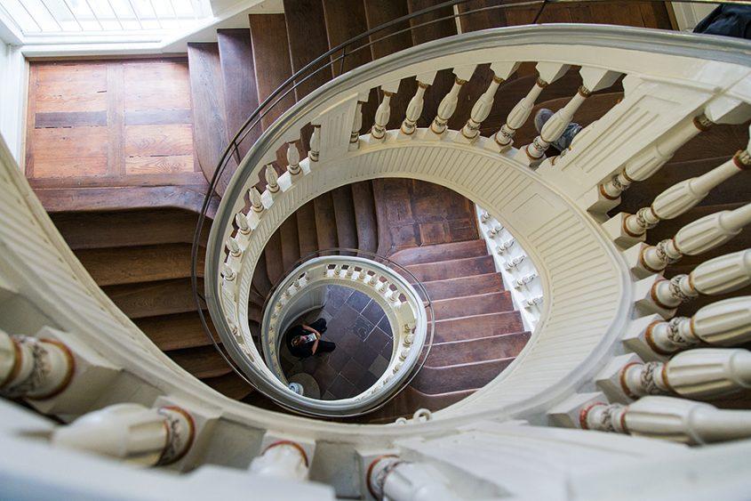 Fabian Fröhlich, documenta 14, Kassel, Staircase at Palais Bellevue