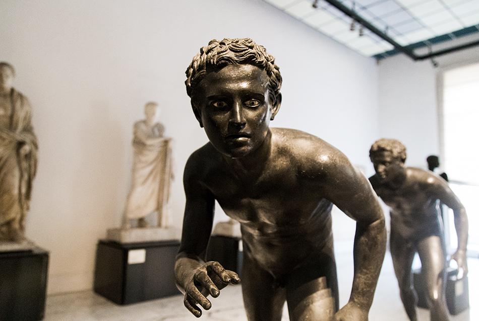 Neapel, Archäologisches Nationalmuseum, Läufer aus der Villa Papiri in Herculaneum