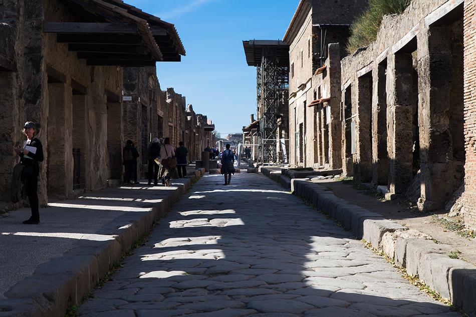 Pompei, Via dell'Abbondanza
