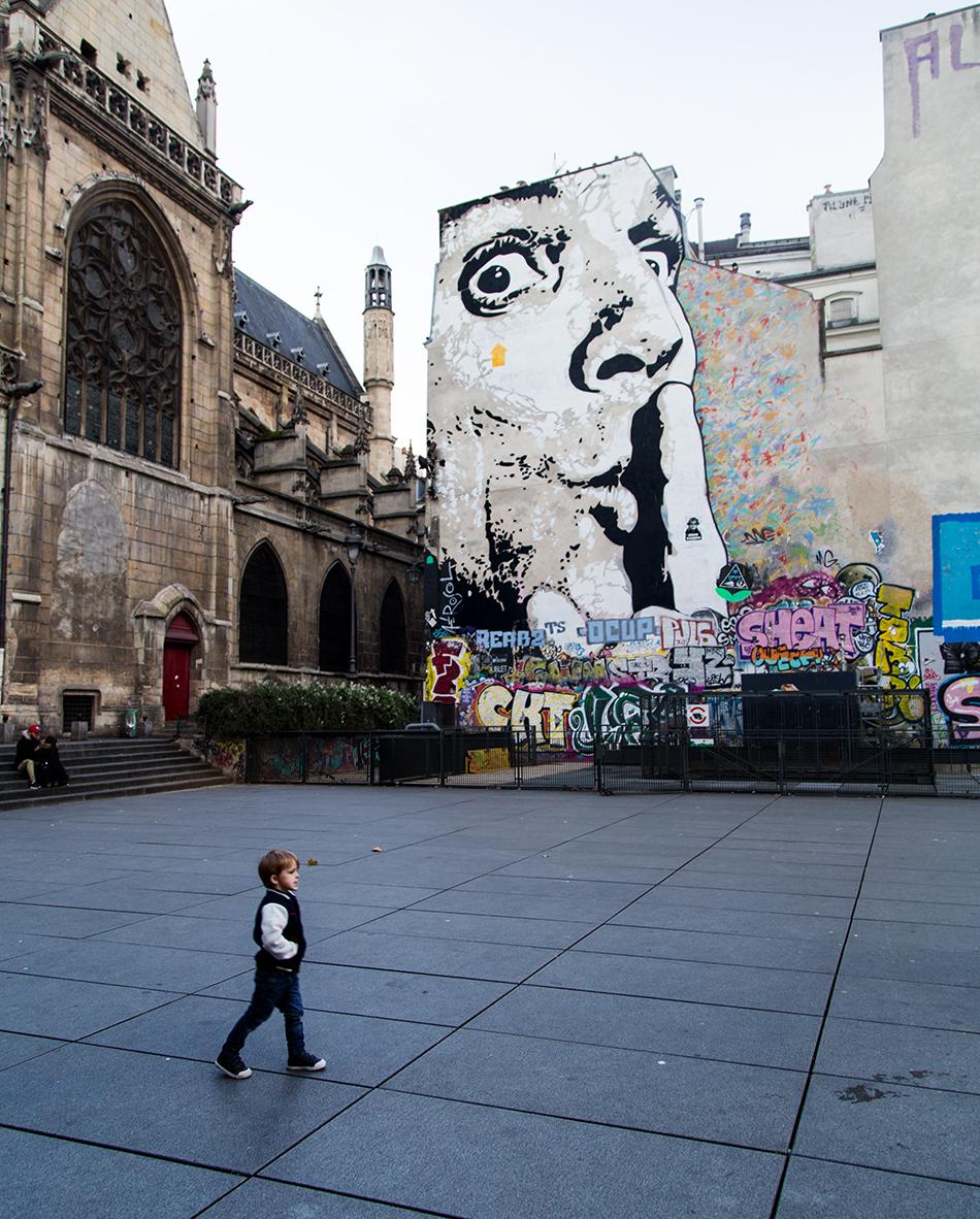 Fabian Fröhlich, Paris, Place Georges Pompidou