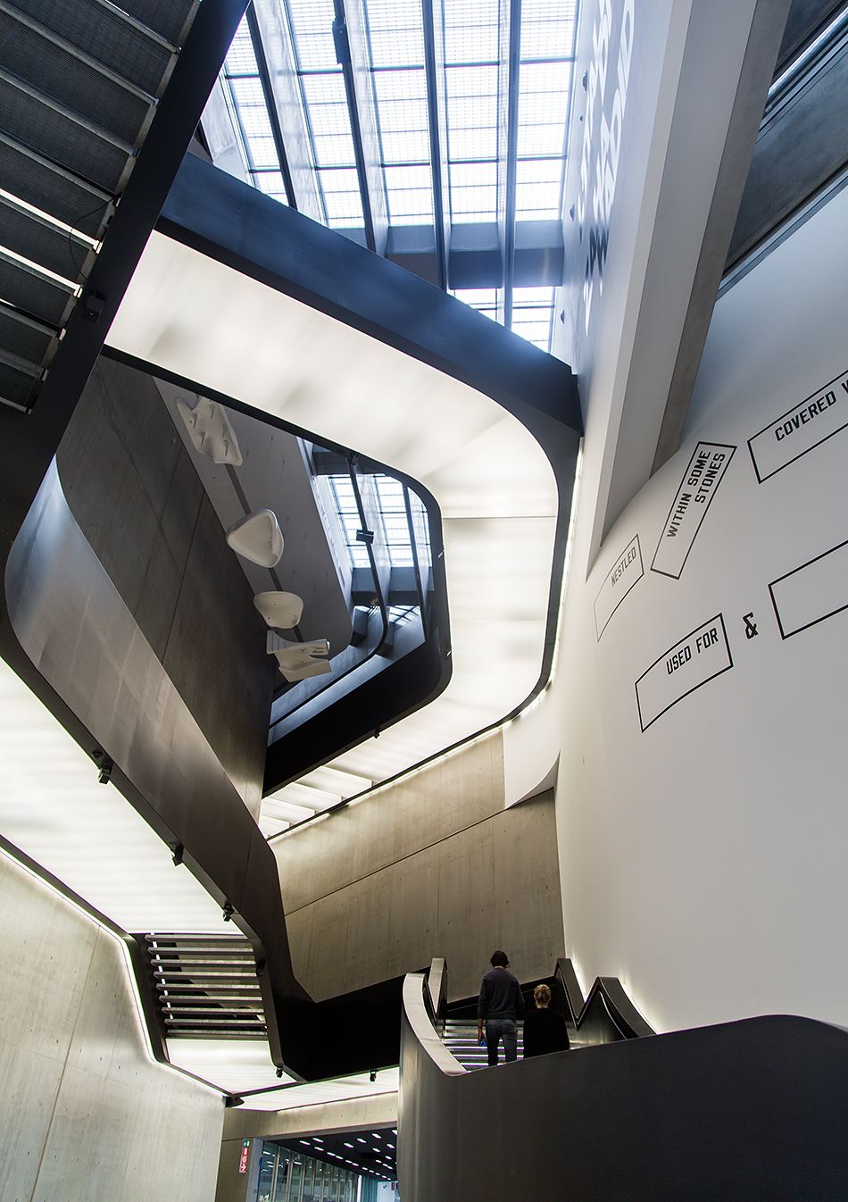 Rom, MAXXI, Entrance Hall