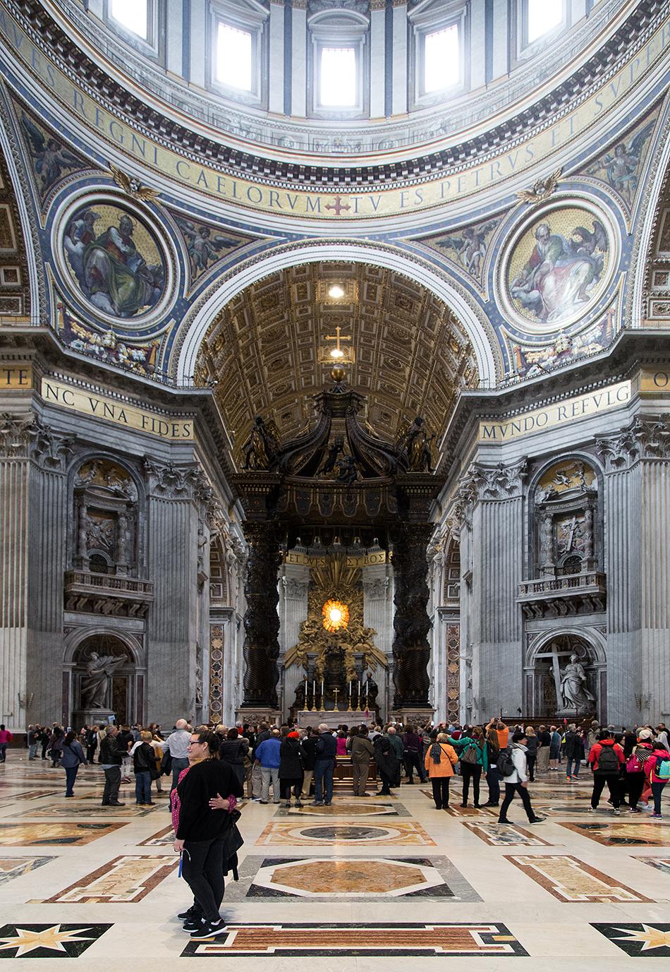 Rom, Petersdom, Baldacchino di San Pietro by Gian Lorenzo Bernini