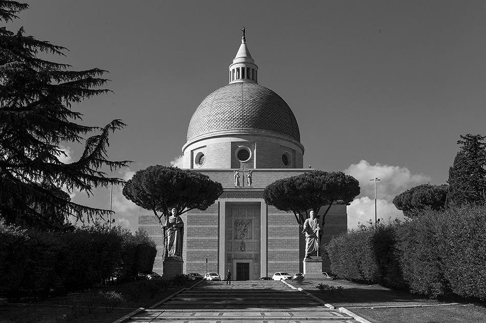 Rom, Santi Pietro e Paolo a Via Ostiense