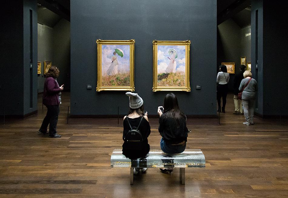Paris, Musée d'Orsay, Frau mit Sonnenschirm