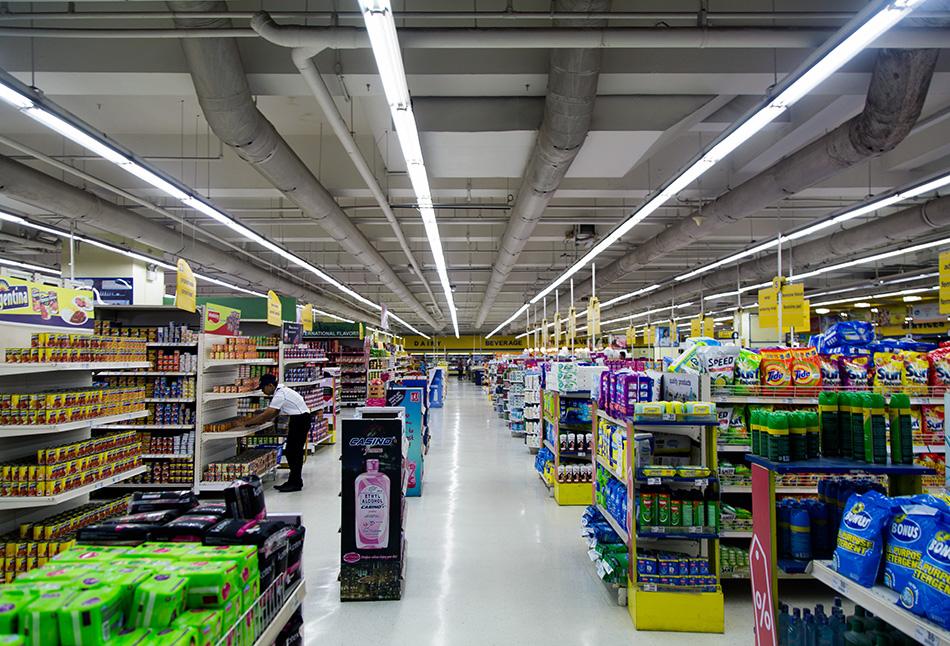 Fabian Fröhlich, Cebu City, Shopping Mall