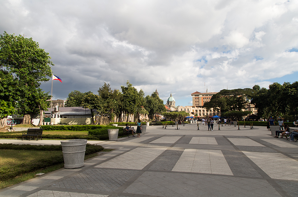 Fabian Fröhlich, Manila, Intramuros, Plaza Moriones