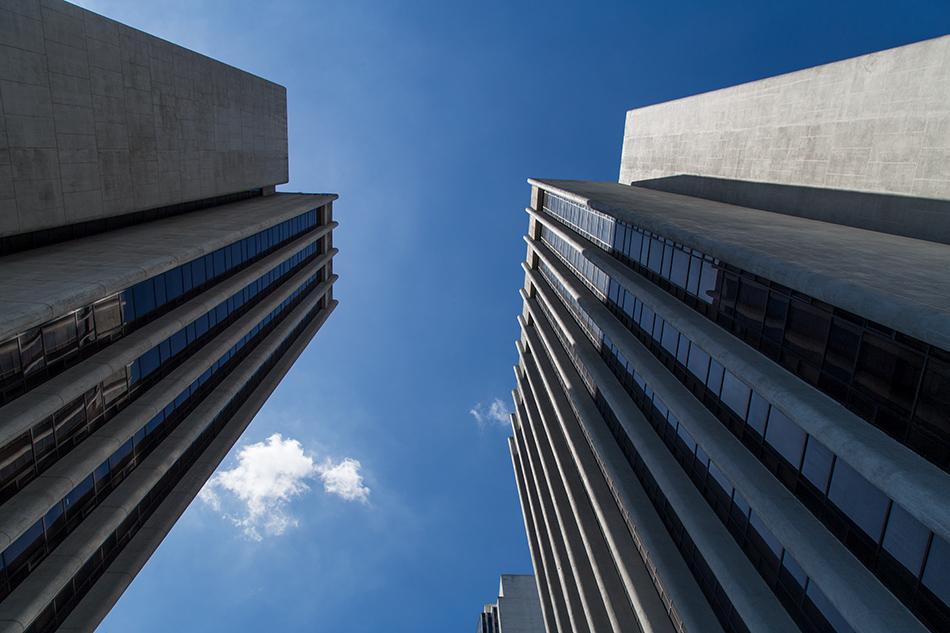 Fabian Fröhlich, Manila, Makati, BDA Bank Towers
