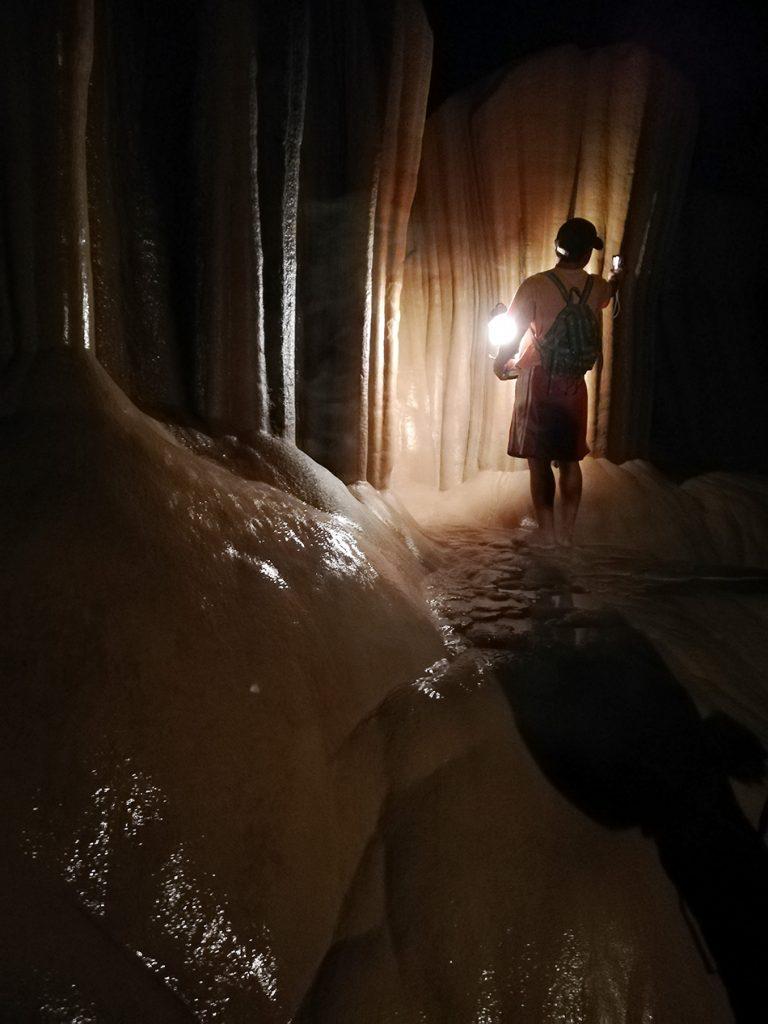 Fabian Fröhlich, Sumaging Cave, Sagada, Philippinen