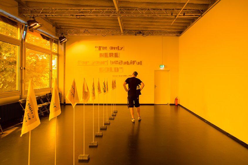 Fabian Fröhlich, 10 Berlin Biennale, Keleketla! Library, The Allure of Gold and Other Solidarity Stories (HAU2)