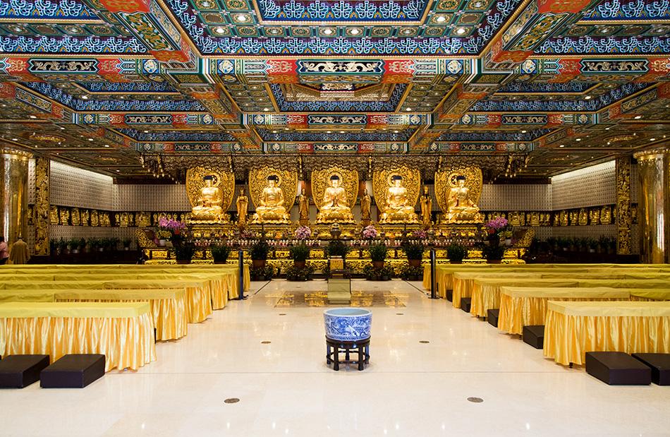 Fabian Fröhlich, Hongkong, Lantau, Po Lin Monastery