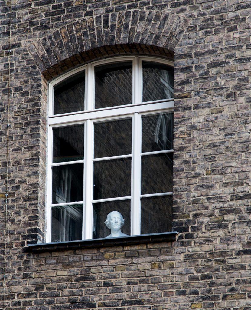 Fabian Fröhlich, Berlin, Gipsformerei, Fenster