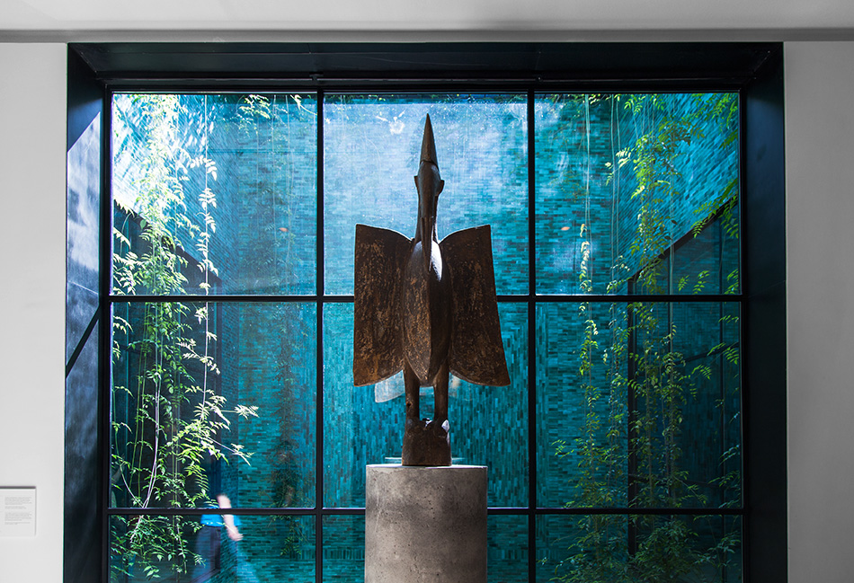 Fabian Fröhlich, Musée Yves Saint Laurent Marrakech, Senufo Vogel