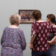 Fabian Fröhlich, Alte Nationalgalerie, Wanderlust, Johan Christian Dahl, Winterlandschaft mit Baum und zwei Wanderern