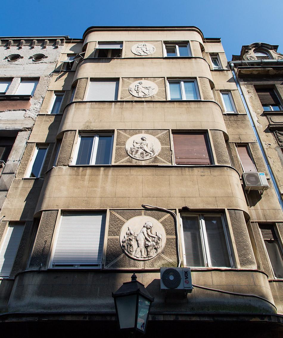 Fabian Fröhlich, Beograd, Skadarska