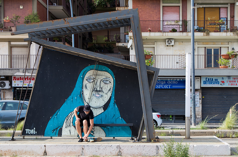 Fabian Fröhlich, Messina, Tram Station with Annunciation