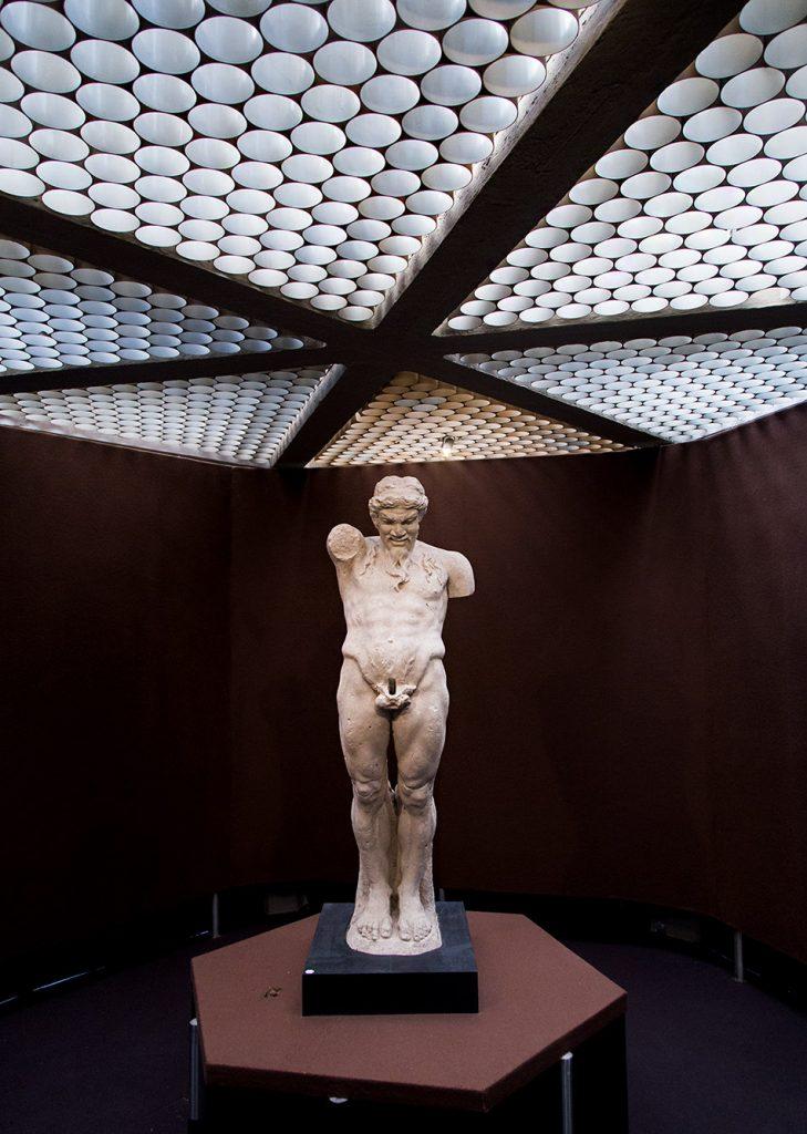 Fabian Fröhlich, Siracusa, Museo Archeologico Regionale Paolo Orsi (Priapos)