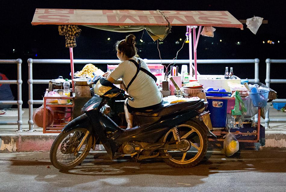 Fabian Fröhlich, Vientiane,