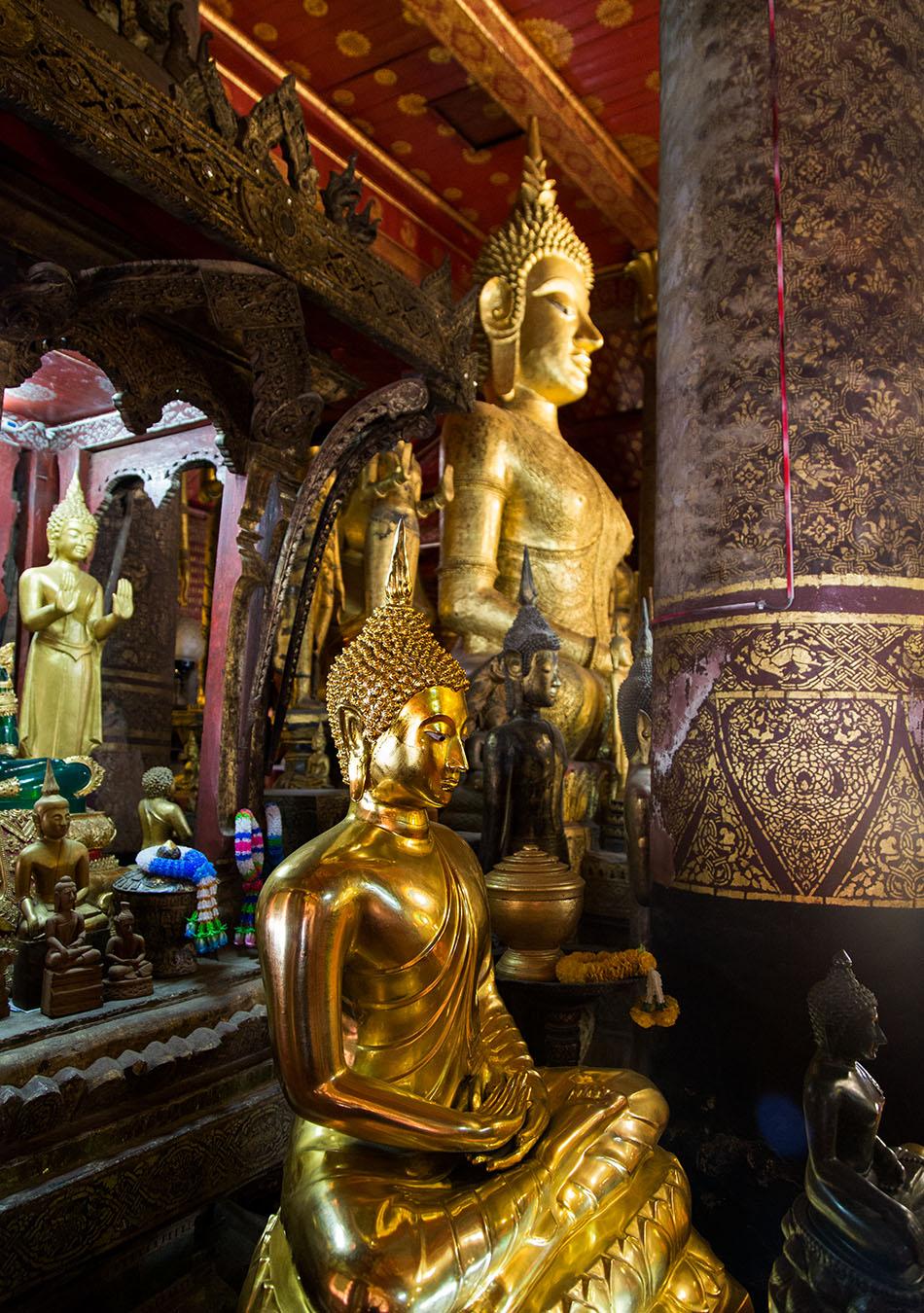 Fabian Fröhlich, Luang Prabang, Wat Mai Suwannaphumaham, Buddha statues