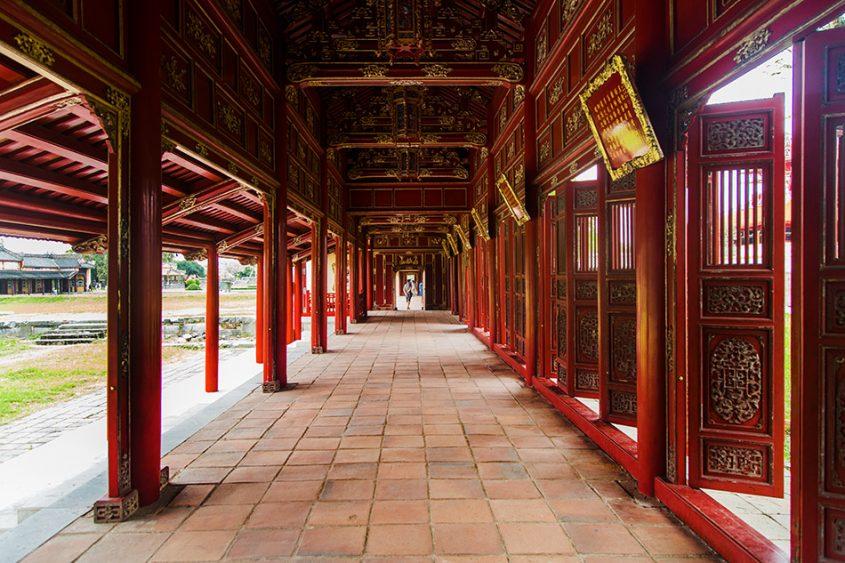 Fabian Fröhlich, Vietnam, Huế, Imperial City Hoàng thành), Long Corridor