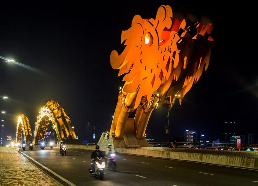 Da Nang, Vietnam, Dragon Bridge