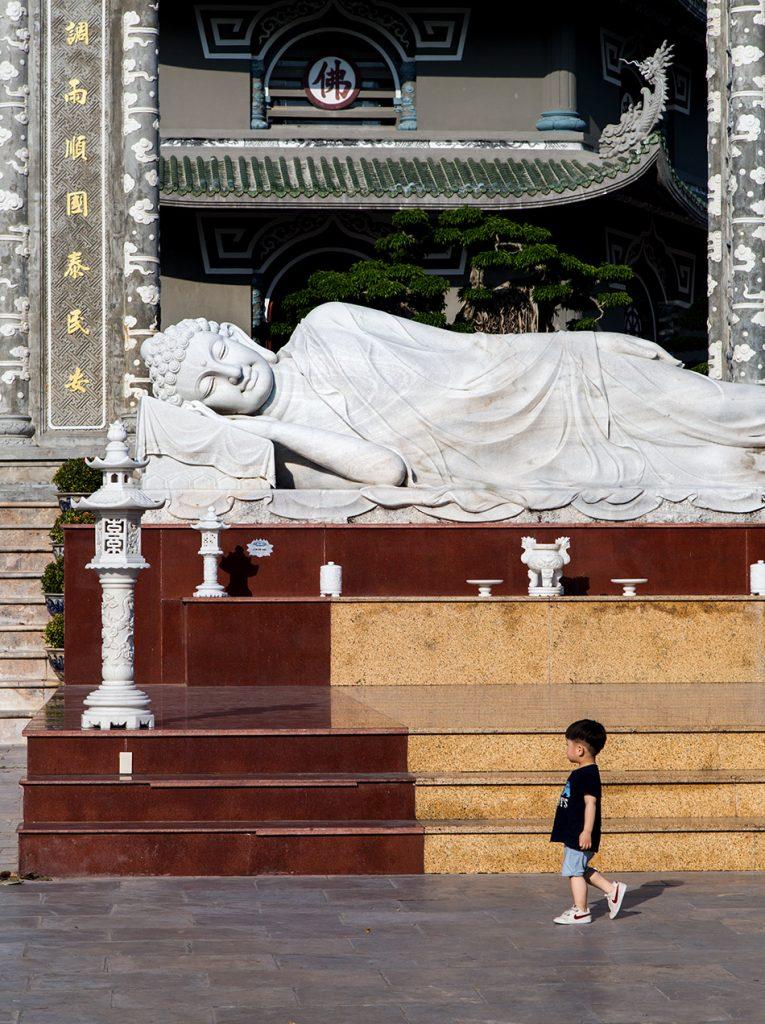Da Nang, Linh Ứng Pagoda, reclining Buddha, Tháp Xá Lợi
