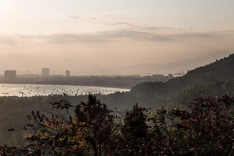 View from Sơn Trà Mountain to Đà Nẵng