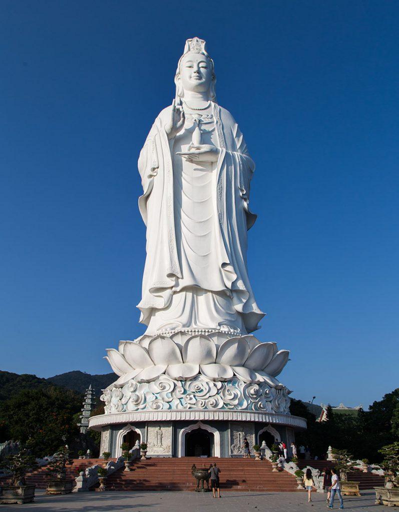 Da Nang, Linh Ứng Pagoda, Statue of Quan Âm, the so called Lady Buddha