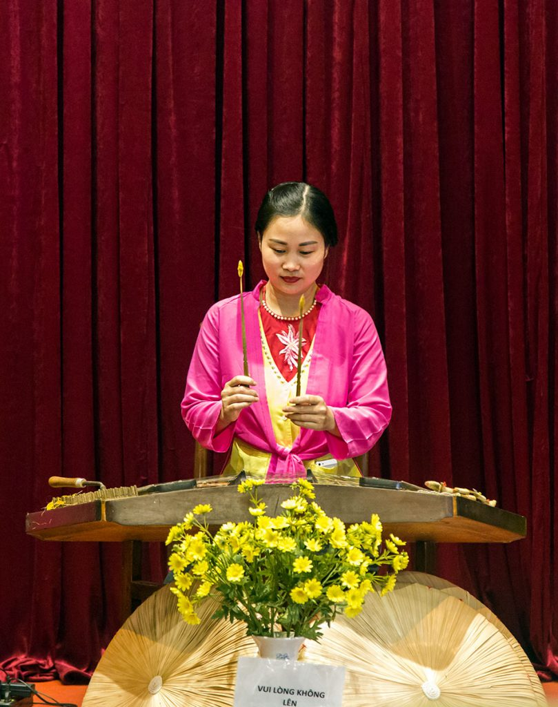 Fabian Fröhlich, Hanoi, Miếu-Quốc Tử Giám (Temple of Literature), Music performance