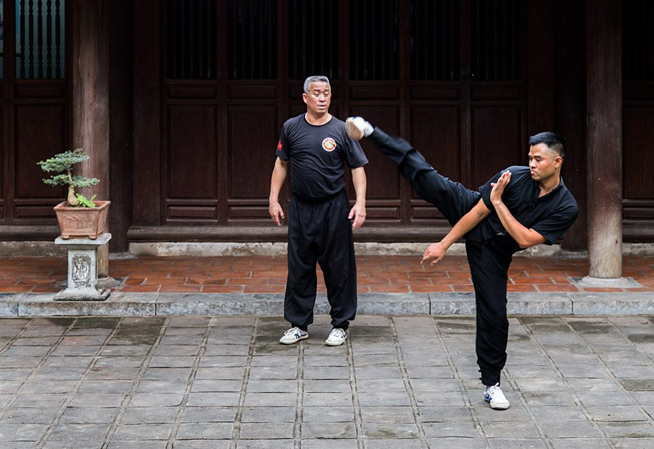 Fabian Fröhlich, Hanoi, Nam Hồng Sơn Training at Quán Thánh Temple