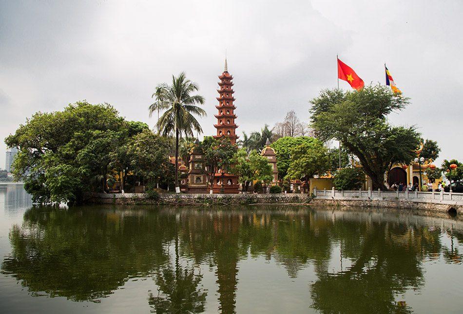 Fabian Fröhlich, Hanoi, Chùa Trấn Quốc (Trấn Quốc Pagoda)