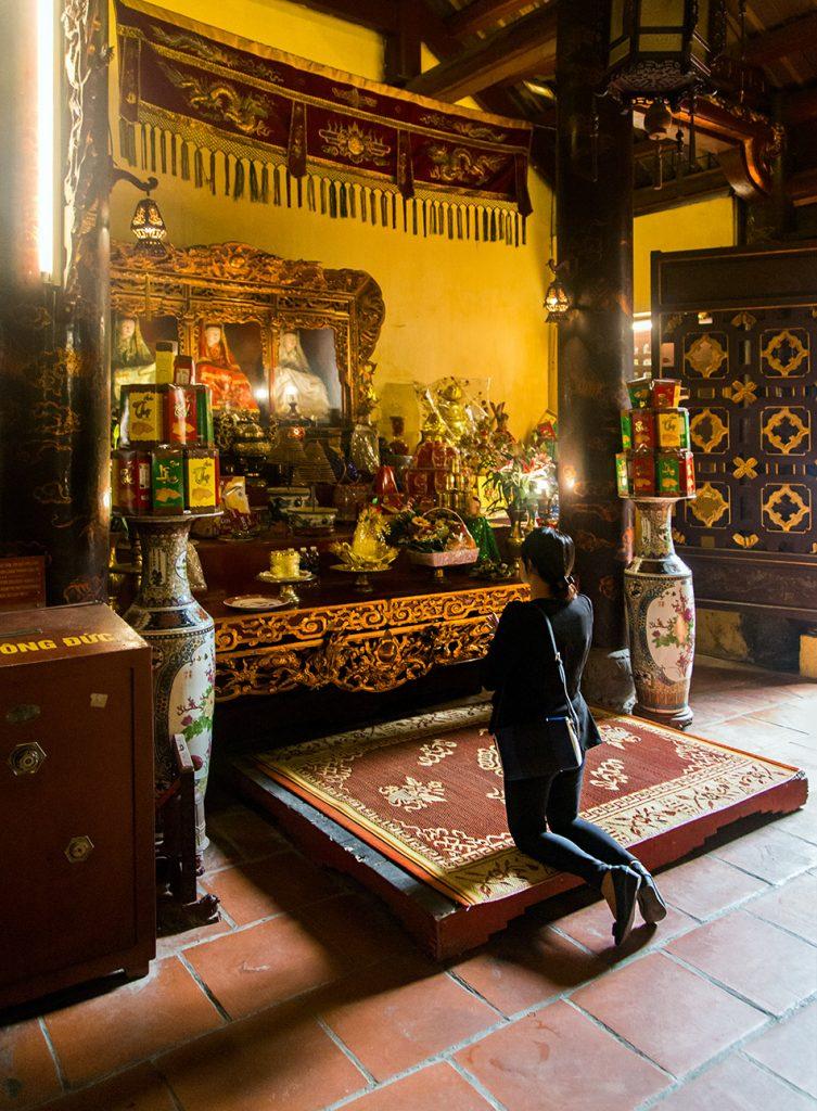 Hanoi, Old Quarter, Đền Bạch Mã ( Bạch Mã Temple)