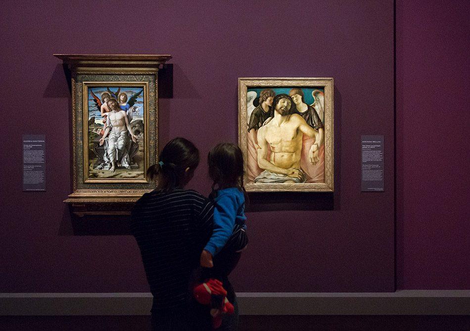 Fabian Fröhlich, Berlin, Gemäldegalerie, Mantegna Bellini, Der tote Christus, von Engel gestützt
