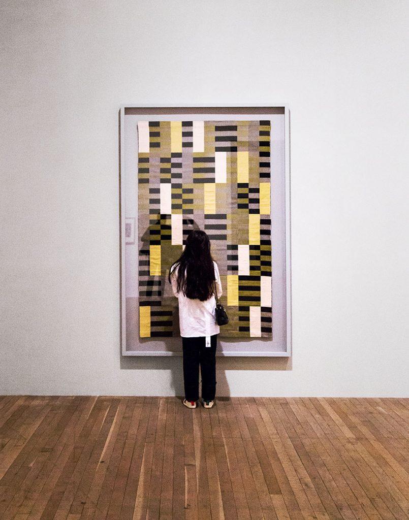 Fabian Fröhlich, Tate Modern London, Anni Albers, Black White Yellow (re-woven by Gunda Stölzl)