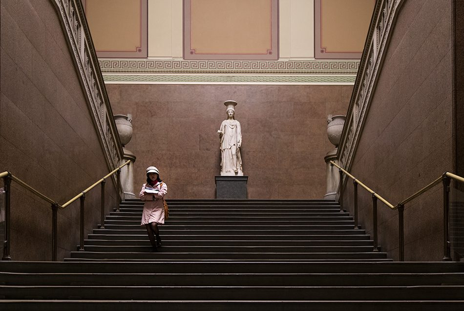 Fabian Fröhlich, British Museum, The Townley Caryatid in the South Staircase