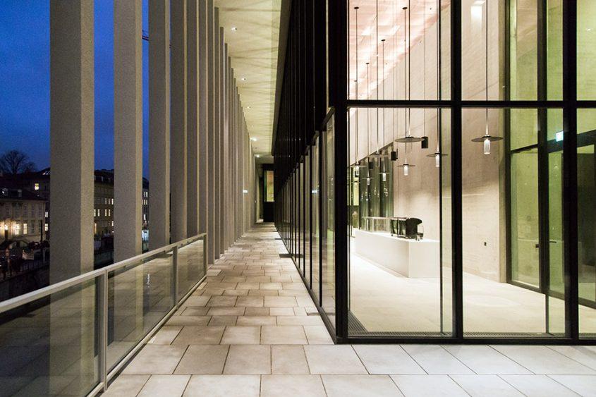 Fabian Fröhlich, James-Simon-Galerie, Berlin, David Chipperfield, terasse