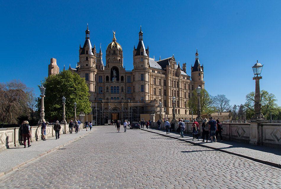 Fabian Fröhlich, Westportal von Schloss Schwerin